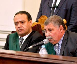 """""""ضرب نار"""" في محاكمة """"فض رابعة""""..شغب محامي الإخوان ينتهي بإحالتهم للتأديبية"""