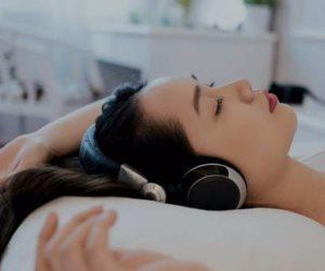 هل تعاني من اضطرابات النوم؟.. الموسيقى لها مفعول السحر
