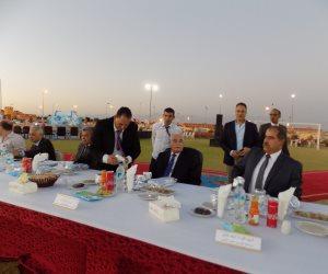 صرف 10 آلاف جنيه لجنود قوات الأمن بحفل الإفطار في جنوب سيناء (صور)