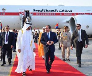الرئيس السيسي يودع ولي عهد أبوظبي بمطار القاهرة