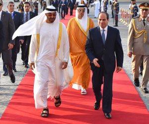 محمد بن زايد يغادر القاهرة بعد مباحثاته مع السيسي