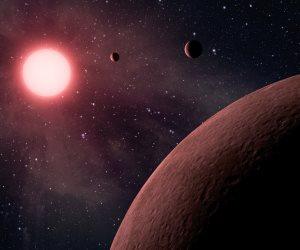 خلال ساعات.. كويكب يعبر على مسافة قريبة من الأرض