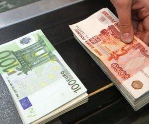 لو ناوي تسافر تشجع.. دليلك الكامل للحصول على الروبل الروسي وانسى البنوك المصرية