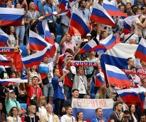 بعد ثلاثية البرزايل.. صحيفة: هناك سلبيات بالمنتخب الروسى