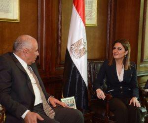 سحر نصر تناقش مع محافظ جنوب سيناء الخطة الاستثمارية حتى 2030