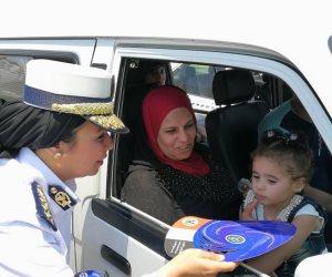 أمن القاهرة يوزع كاب المديرية للأطفال لتهنئتهم بعيد الفطر (صور)