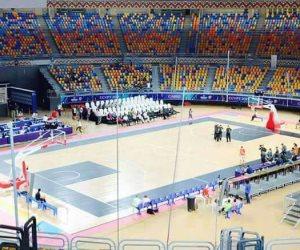 الصالة الكبري باستاد القاهرة تتزين استعدادا لإفتتاح بطولة كأس العالم للسلة تحت ١٩ سنة