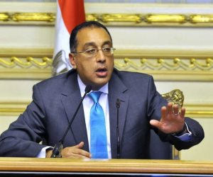 وزير الإسكان يكشف عن المشروعات الجاري تنفيذها في مدينة العلمين الجديدة