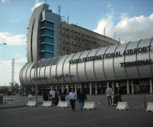 وزيرة الثقافة تغادر مطار القاهرة متوجهة لألمانيا