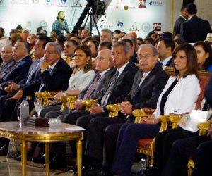 """مفاجآت """"مصر تستطيع"""": تطبيقات تكنولوجيا الفضاء وتصنيع أول حاسب أقمار صناعية مصرى"""