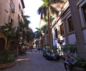 محافظ القاهرة يكلف الصوت والضوء بإضاءة العقارات المميزة بمنطقة البورصة