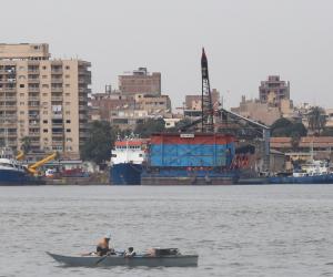 تداول 19 سفينة حاويات وبضائع عامة بموانئ بورسعيد