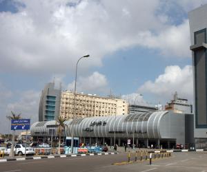طوارئ بمطار القاهرة بسبب مسلسلات رمضان 2018