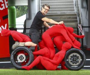 هوندا تقدم «السيارة البشرية» في مهرجان جودوود