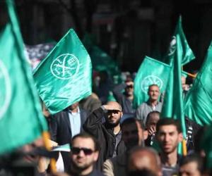 مخطط تفتيت الدولة.. الإخوان والسلفيون أوكار التطرف