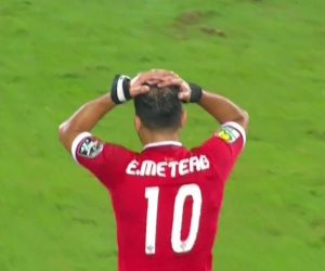 هل ودع عماد متعب جماهير الأهلي بعد ثلاثية القطن؟ (فيديو)