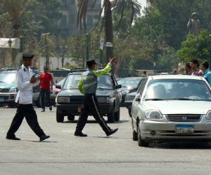النشرة المرورية.. كثافات محدودة بمحاور القاهرة والجيزة مع دخول المدارس وسط انتشار أمني