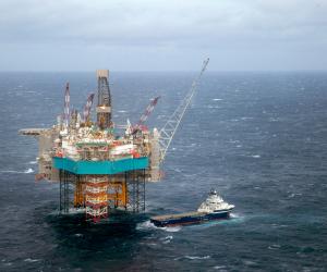 قطاع البترول الحصان الرابح فى 2018.. 18 مشروعا واتفاقية عالمية