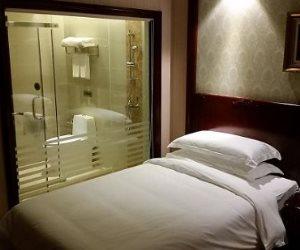 """لو بتفكر تسافر في """"الويك إند"""" تجنب 5 أشياء خلال إقامتك في الفندق"""