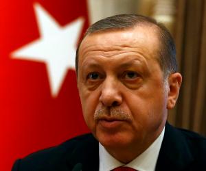 """تركيا تبدأ محاكمة 17 مديرا وصحفيا بجريدة """"جمهورييت"""" لمعارضتهم أردوغان"""
