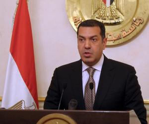 سفير فرنسا بالقاهرة يلتقى محافظ أسيوط لبحث فرص الاستثمار بالمحافظة
