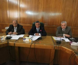 وكيل وزارة الرى يجتمع بالقيادات لدراسة الانتفاع بالاشغالات على الترع والمصارف