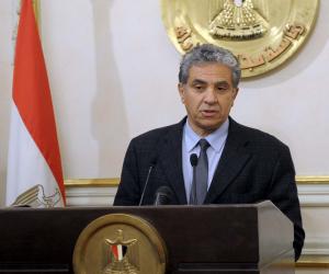 وزير البيئة: ندرس صناعة السيارات الكهربائية في مصر