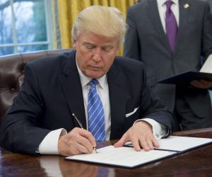 صحيفة أمريكية: واشنطن تعد لعقوبات تجارية جديدة ضد الصين