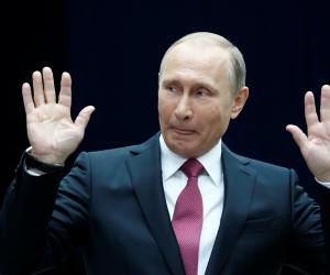 بوتين: برنامجي الانتخابي طموح ويركز على تطوير التعليم والصحة والبنية التحتية