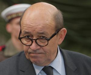 وزير الخارجية الفرنسي يتوجه للسعودية لمناقشة الأزمة القطرية