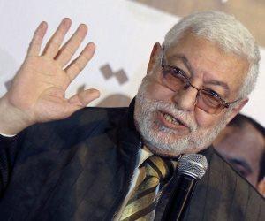 سر هجوم عواجيز الإخوان على إعلامي «مكملين»