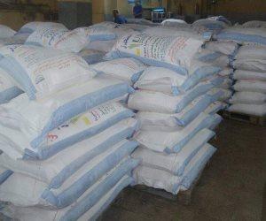 «تموين أسيوط»: ضبط 16 طن دقيق بلدي وسكر قبل بيعها في السوق السوداء