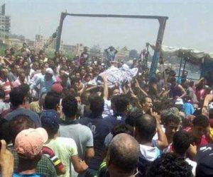 تشييع جثامين ضحايا مذبحة فاو بحري بقنا وسط حالة من الحزن (صور)