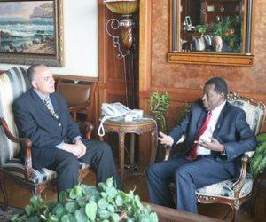 وزير الري يلتقي سفير تنزانيا بمصر لبحث التعاون الثنائي مع دول حوض النيل