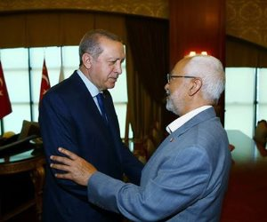 «أردوغان» يبحث مع «الغنوشي» أزمة قطر والإخوان بعد فرض «العرب» عقوبات على الدوحة (صور)