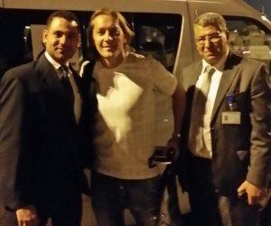 اللاعب العالمي سالجادو فرنانديز يصل القاهرة (صور)