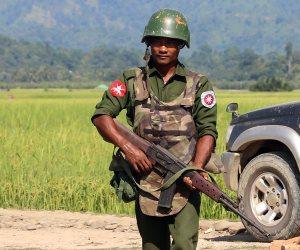 رغم اتفاق إعادة اللاجئين.. هيومن رايتس: الجيش البورمى أحرق قرى للروهينغا