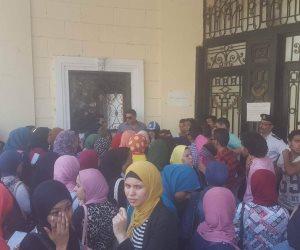 """أولياء أمور طلاب """"المشير أحمد إسماعيل"""" يستغيثون بالتعليم: الأسلحة البيضاء تتصدر المشهد بالمدرسة"""