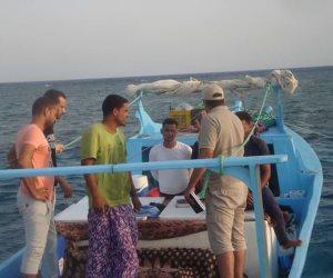 ضبط مراكب صيد مخالفة والقبض على 5 صيادين بمرسى علم
