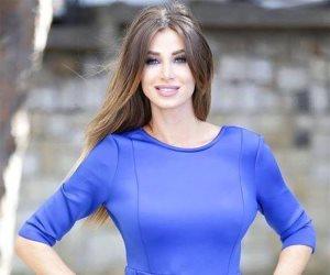 أنابيلا هلال: «أخيراً شوفت حد أطول مني» (صورة)