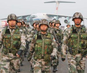 استعراض قوة للجيش الصيني بحضور الرئيس تشي جينبينغ