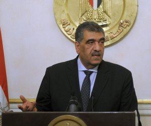 وزير قطاع الأعمال ومحافظ البحر الحمر يبحثان فرص ضخ استثمارات جديدة بالمحافظة