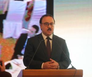 وزير الاتصالات في مجلس النواب لمناقشة زيادة أسعار كروت الشحن