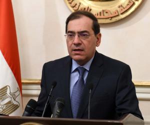 بالتزامن مع استكمال تشغيل حقل ظهر.. وزير البترول يكشف موعد توقف مصر عن استيراد الغاز
