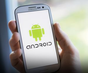 10 تطبيقات توجد في القائمة السوداء من قبل الشركات التكنولوجية العالمية للهواتف الاندرويد