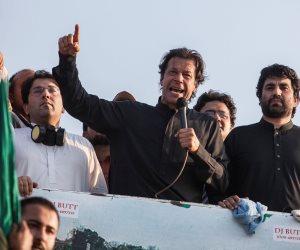 جورج وايا وعمر خان ليسوا وحدهم.. رؤساء مارسوا الرياضة قبل السياسة