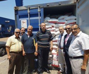 جمارك الإسكندرية تحبط محاولة تصدير 50 طن أرز محظور التصدير ومستحضرات تجميل (صور)