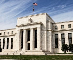 ماذا قال تقرير مجلس الاحتياطي الفيدرالي الأمريكي النصف سنوي؟