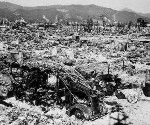 72 عاما على ذكرى مأساة هيروشيما الذرية.. 50 ألف مواطن بينهم ناجون من الهجوم الأمريكي الأعنف وأحفادهم وحقوقيون وممثلون عن 80 دولة في اليابان لإحياء الذكرى اليوم