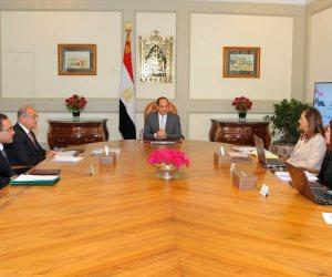 الرئيس يطالب بتنفيذ خطة الإصلاح الإداري التي تتبناها الحكومة (صور)
